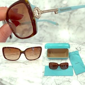 🥂Tiffany Signature Key Sunglasses